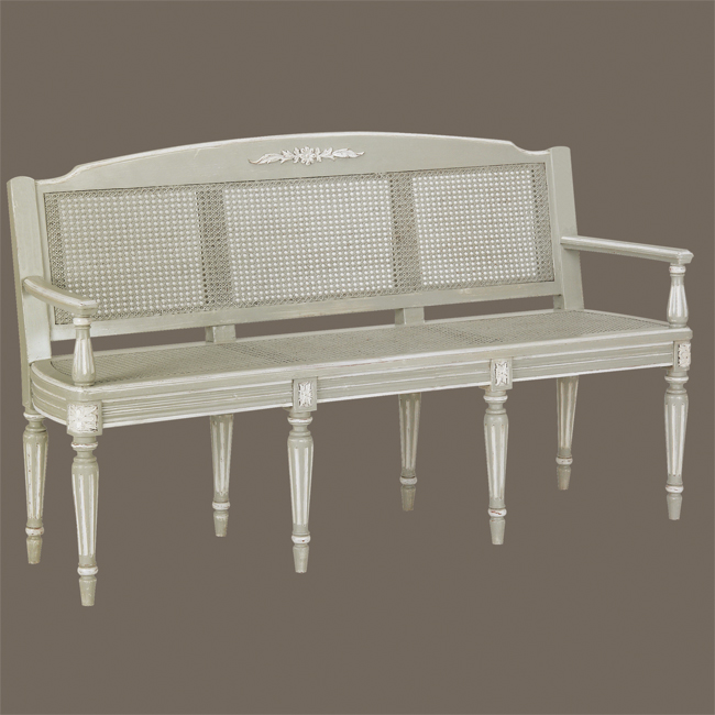 We Love This French Country Bench Even More Now That The Summer - French country bench